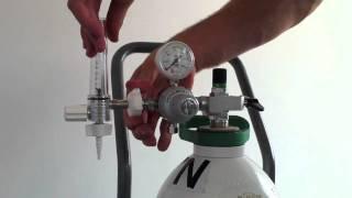 Fitting a Regulator & Flowmeter to a Gas Cylinder - Demonstration