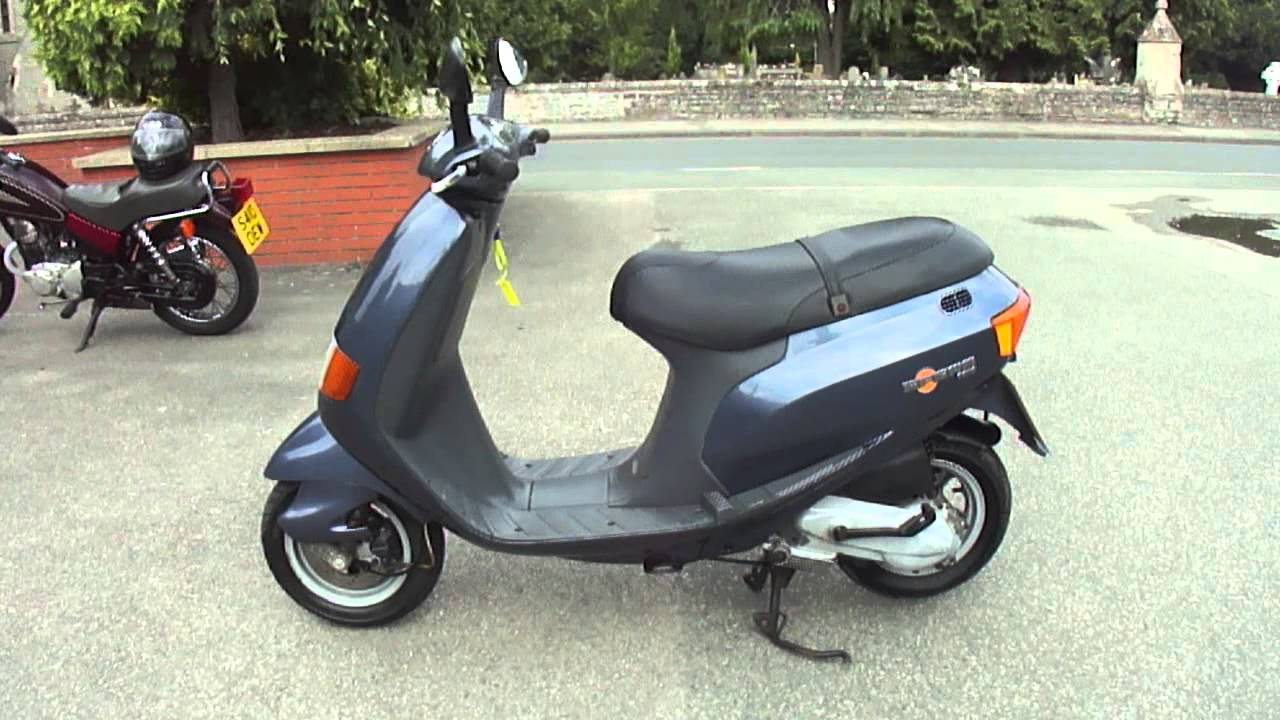 1996 piaggio sfera 125 4 stroke scooter vgc 3 owner 5k. Black Bedroom Furniture Sets. Home Design Ideas