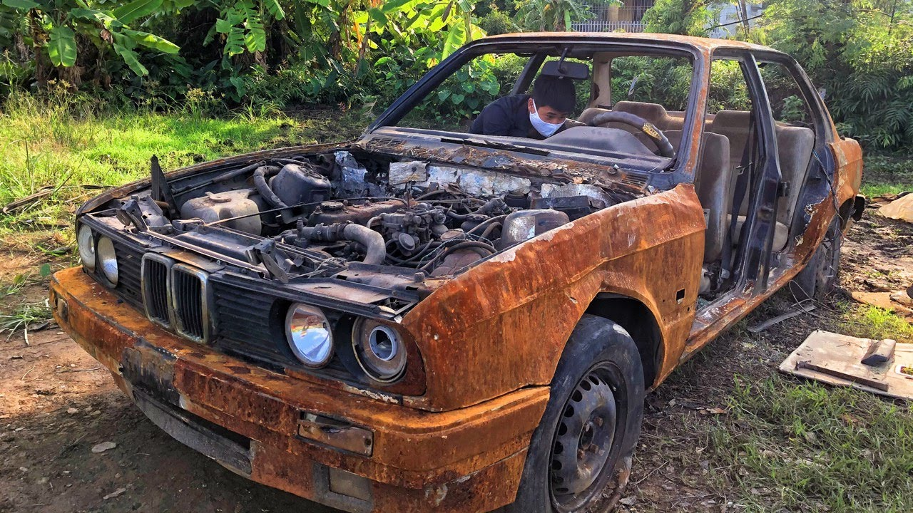 50 years old BMW car restoration - very old rusty   Restore and rebuilding 1970s BMW cars #2