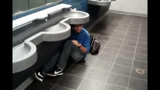 Bathroom Rush!!