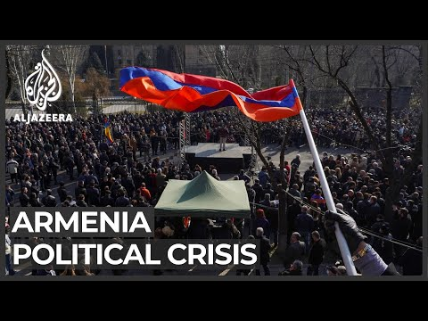 Armenian PM supporters and opponents gather in Yerevan