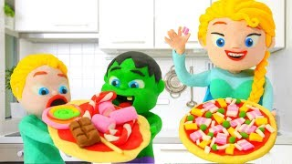 SUPERHERO BABIES LEARNING HOW TO MAKE PIZZA ❤ SUPERHERO PLAY DOH CARTOONS FOR KIDS