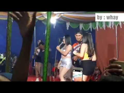Juragan Empang All Artis Ndolalak Dewi Arum (desy Tata, Aina Lolipop, Feby Amelia).