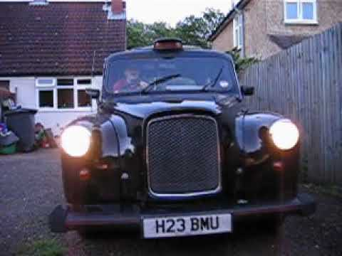 Parking My Old London Taxi