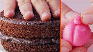 Огораживаем торт шоколадными батончиками. Этот рецепт - само очарование!