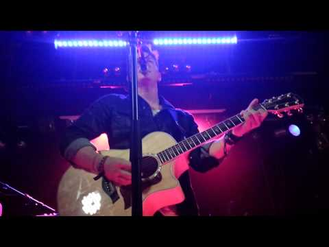 Tyler Ward - Never Say Never/ Use Somebody/ Stand By Me/ Baby (live in Vienna)