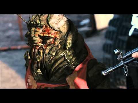 District 9-Final Fight Scene Part 1(HD)