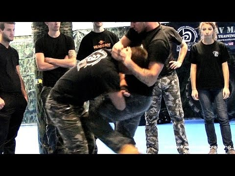 KRAV MAGA TRAINING • How To Escape From Muay Thai Knees