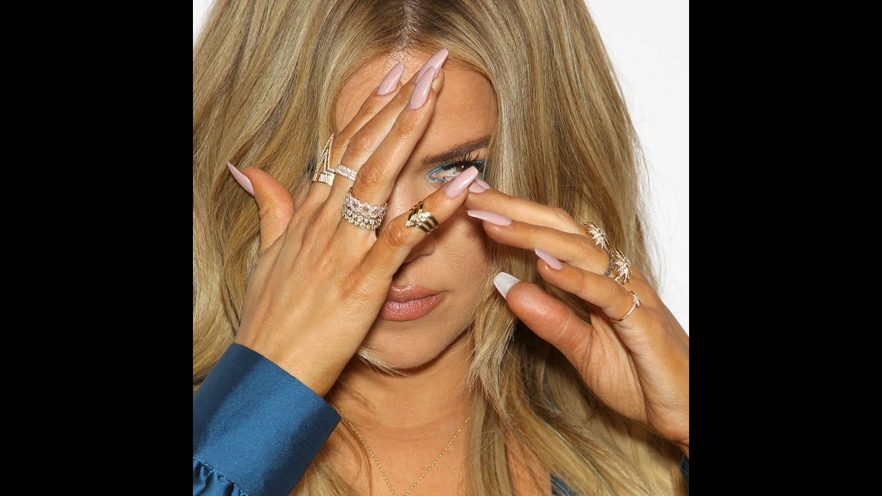 Khloe kardashian nails from KUWTK 2016 - YouTube