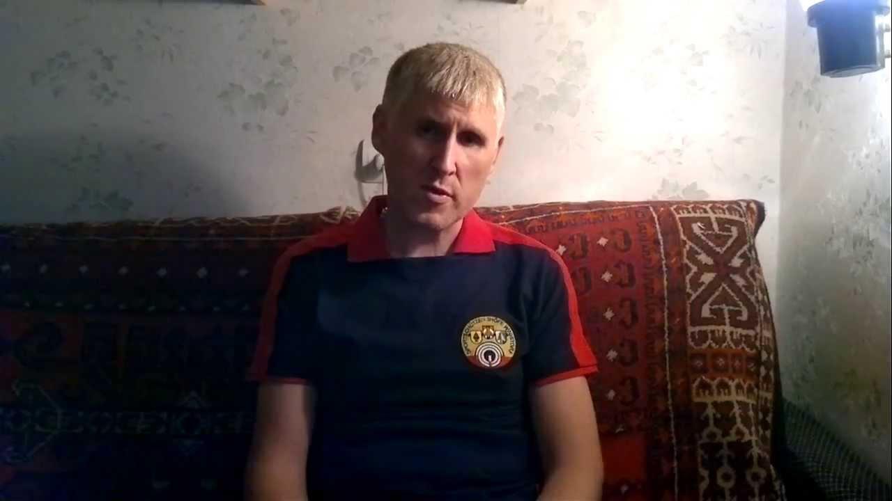 Видео женщины пьют пиво и сут