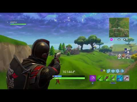 TRYING TO WIN FORTNITE BATTLE ROYAL NEW UPDATE !