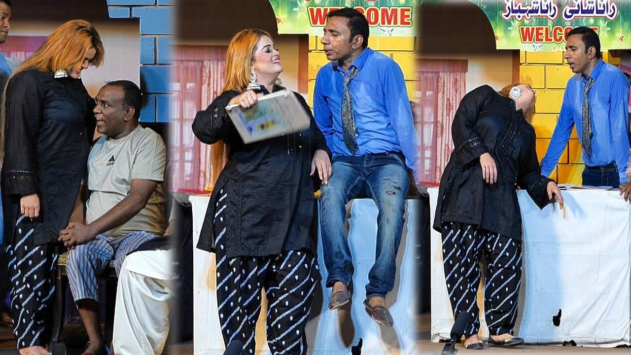 Download Sobia Khan With Rashid kamal & Sakawat Naz    New Best Comedy Punjabi Stage Drama Clip 2021