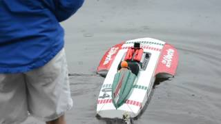 Electric scale unlimited boats with Terry Harmer