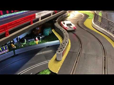 THE GROOVE RACEWAY, Scalextric sport slot car race track