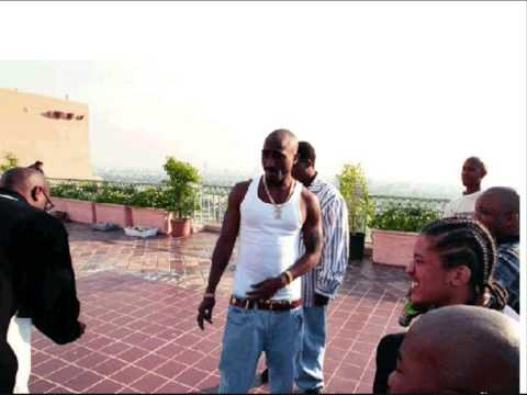 2pac Ft. Snoop Dogg - Ballin Upside Ya Head