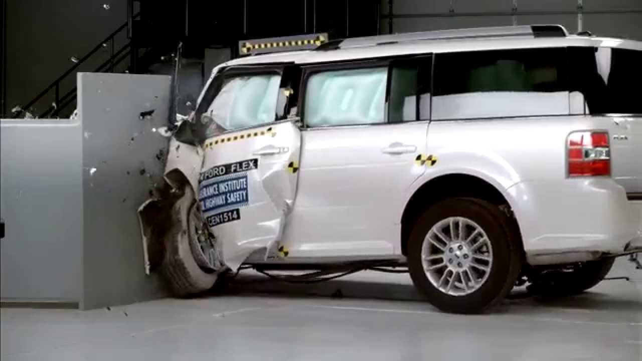 Iihs 2014 ford flex small overlap crash test acceptable evaluation