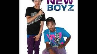 New boyz ft. Chris brown - call me dougie