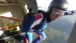 4 Hop 'n Pop Exits at 5000ft - Skydive Teuge