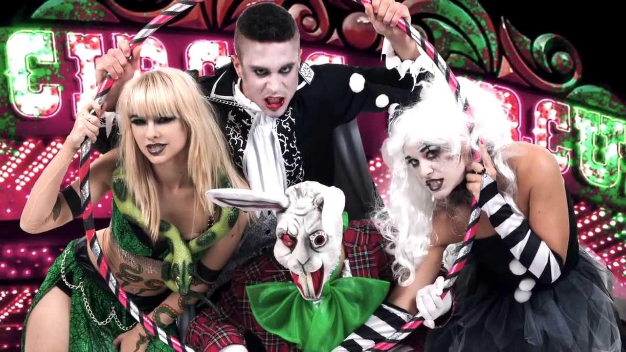 bloggers visit halloween make up workshop - youtube