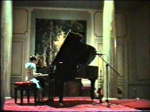 Vera Tsybakov 8 ans / Arabesque de Schumann