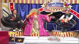 Melymel invirtiendo en su canción Dragon Queen sale en pantalla gigante de Time Square en NY Video