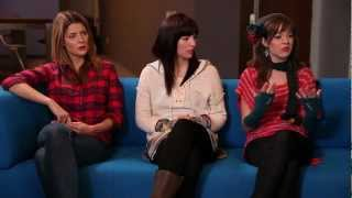 Video Round Table Part 1: Smart Girls w/ Amy Poehler download MP3, 3GP, MP4, WEBM, AVI, FLV Juli 2018