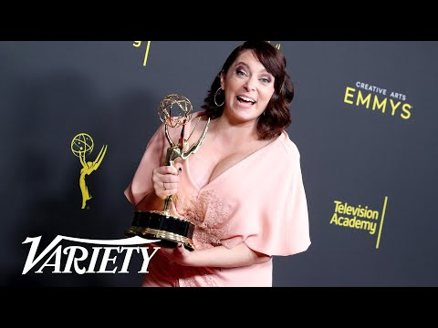 Rachel Bloom announces pregnancy at Emmys
