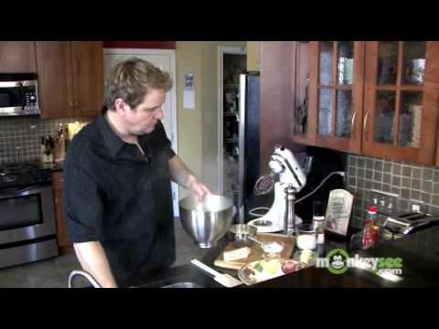 How to Make White Cheddar Horseradish Mashed Potatoes