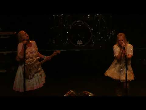 """Voice Of The Beehive """" Playing House """" Indie Daze, The Forum, London 7-10-17"""