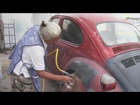 Abuelita mexicana con trabajo fuera de lo común