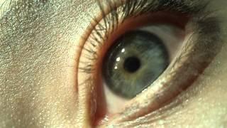 Нистагм (Дрожание зрачками). Как выглядит?(Нистагм — колебательные движения глаз высокой частоты (до нескольких сотен в минуту). Нистагм представляе..., 2013-01-18T13:08:45.000Z)