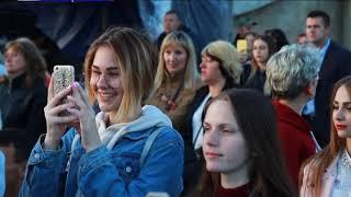 З новою програмою «Ти в курсі» Олег Винник виступив у Івано-Франківську