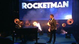 Baixar Elton John & Taron Egerton Surprise Performance - Rocketman Cannes Gala Party