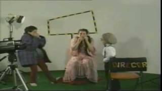 Lach mal über dich selbst - Musikvideo für Kinder