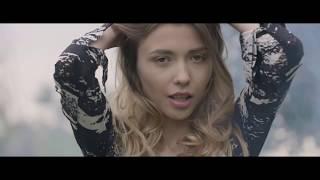 mILA AZUL VIDEO
