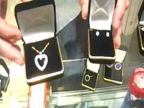 Valentines Day Jewelry at Crossroads Pawn Shop