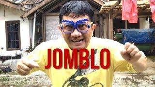 Gambar cover JOMBLO SENDIRI   Sketsa 30 Detik