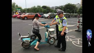 Chinese traffic police let offenders off if they post a confession on social media
