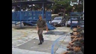 Ensinando Recrutas a Marchar 2009 - TG 02/037 - Exército Brasileiro