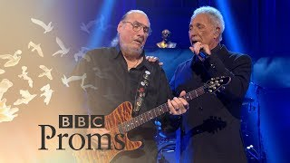 Watch Tom Jones sitting On The Dock Of The Bay video