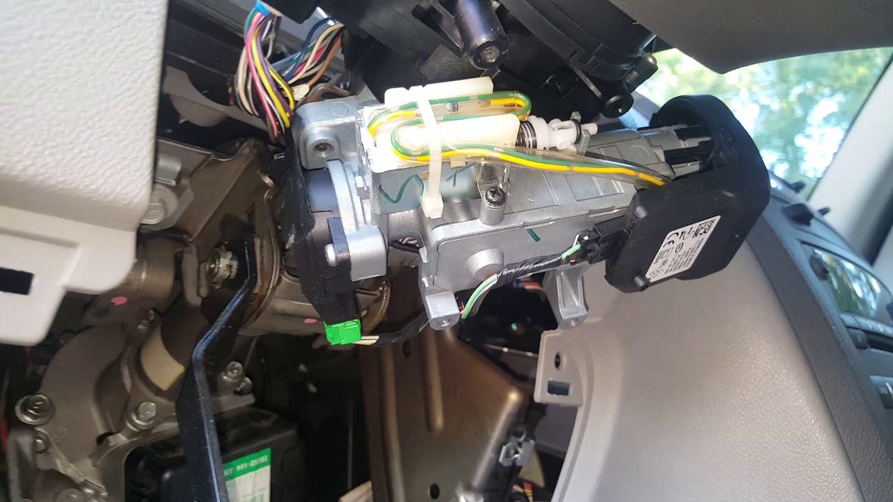 How To Replace The Power Steering Motor Assembly 2008 Chevy Hhr Youtube