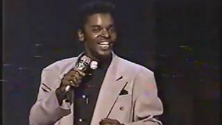 Anthony Kavanagh: Première présence à Juste Pour Rire (1989), numéro sur le racisme YouTube Videos