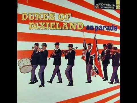 Dukes of Dixieland - 10. THUNDER & BLAZES - On Parade