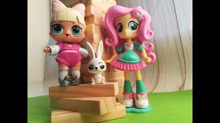 куклы лол, флатершай играют в деревянную башню Видео Мультик девочки из эквестрии пони Флатершай lol