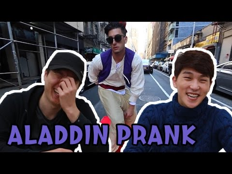 Korean guys react to Aladdin prank (prankvsprank)