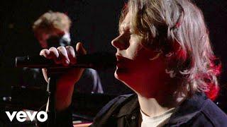 Download Lewis Capaldi - Lewis Capaldi – Before You Go (Live on the American Music Awards / 2020)