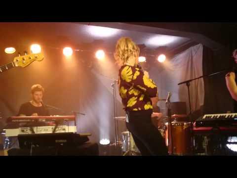 Leslie Clio | Fuck What They Told Ya | Eureka! Tour 2015 | Zoom - Frankfurt