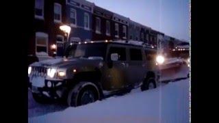 Хаммер тащит из снега застрявший снегоуборщик(вытащил-таки...., 2016-02-09T22:31:47.000Z)