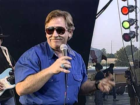 John Conlee - Common Man (Live at Farm Aid 1995)