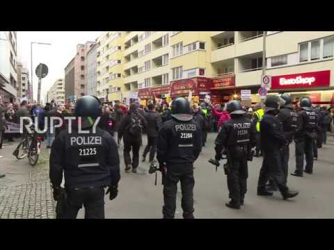 Germany: Scuffles break out as protesters disrupt AfD's 'Women's March'